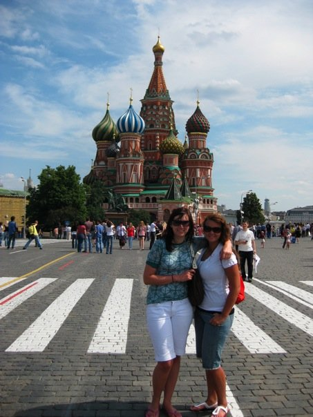 Jeni and Ashley on Red Square